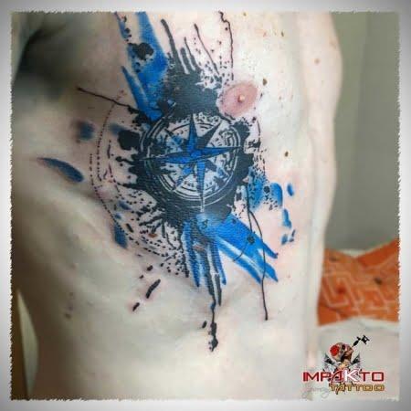 Tatuaje Acuarela Brújula