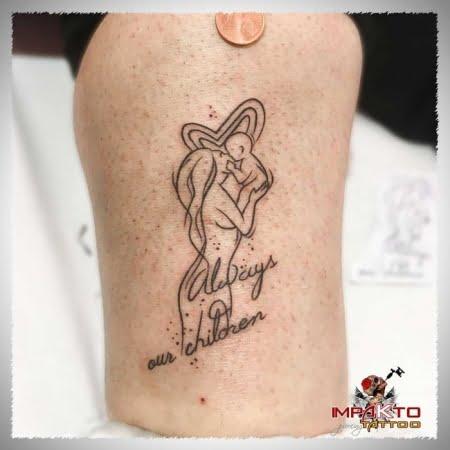 Tatuaje Ilustrativo Amor maternal