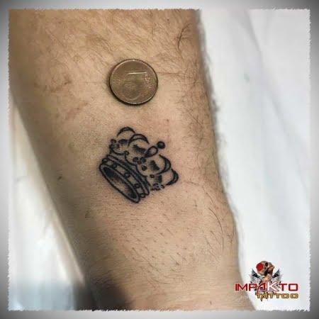 Tatuaje Pequeño Corona