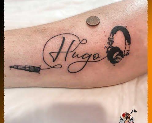 Tatuaje para hombre, tatuaje en el brazo, tatuaje a la música